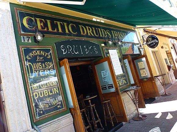 MA¦üLAGA BARS Celtic Druids Irish bar, Plaza de la Merced, 17 - 2