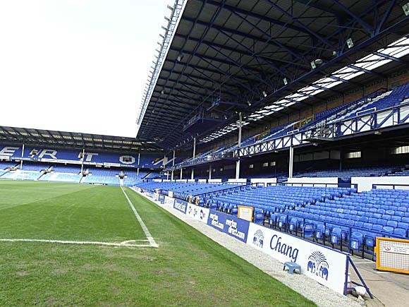 sk_liv_EFC_stadium_09