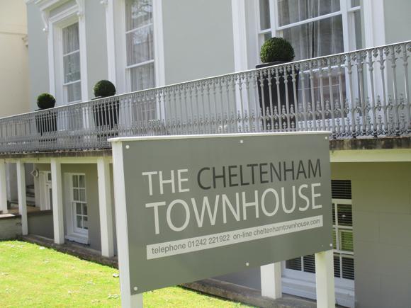 CheltHotCheltTown1